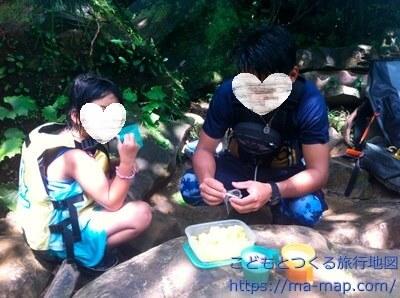 パイナップルとコーヒーをごちそうに【ピナイサーラの滝ツアー】